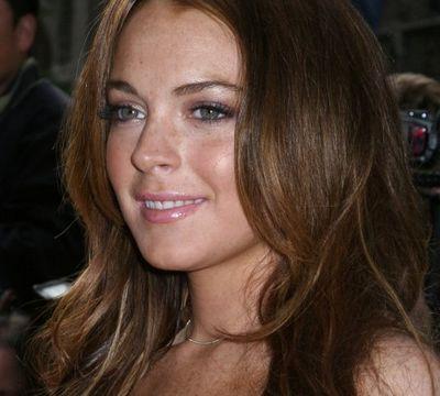 Lindsay_Lohan_bunny_chair
